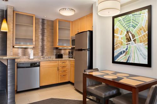 Studio King Suite Kitchen