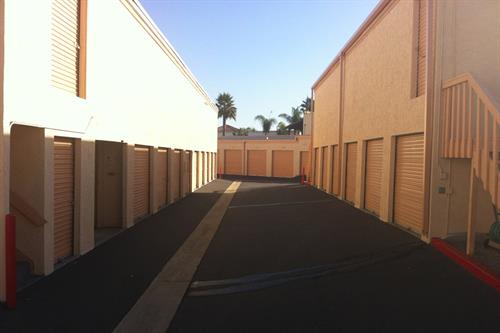 Gallery Image large-Self-Storage-San-Marcos-Drive-Up-Access.jpg