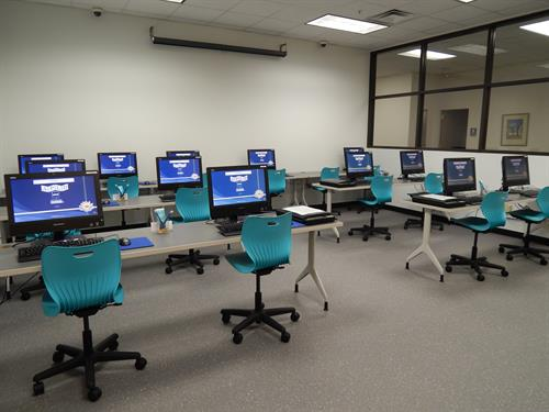 Adult/teen computer lab