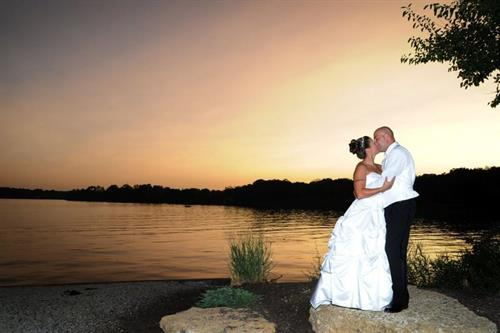 Parkway Banquets - A special moment on the lakefront