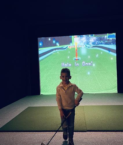 Gallery Image Hole_In_One_Mini_Golf.jpg