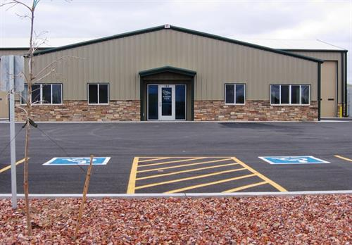 Great industrial building for lease, or sale. 7600 sq. ft