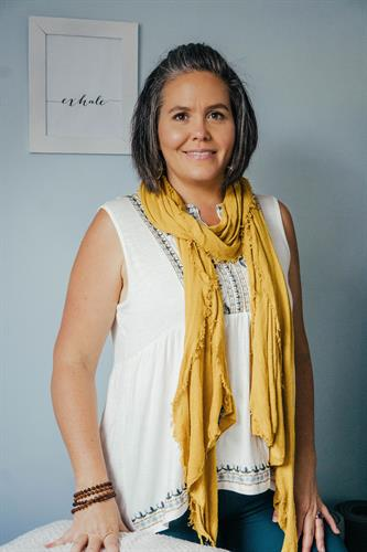 Shae Sterrett, Yoga Therapist, Yoga & Meditation Teacher, BodyWork, Energy Medicine