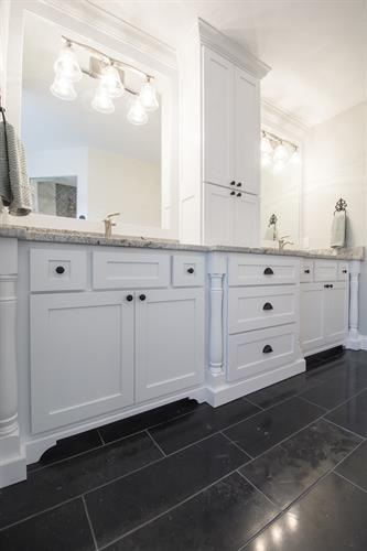 Gallery Image DSC_0583_Bromley__master_bathroom.JPG