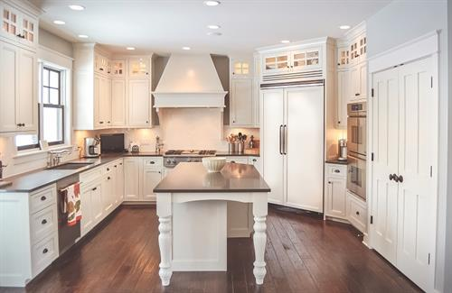 Traci rauner design interior decorators designers for 1 kitchen sauk city wi