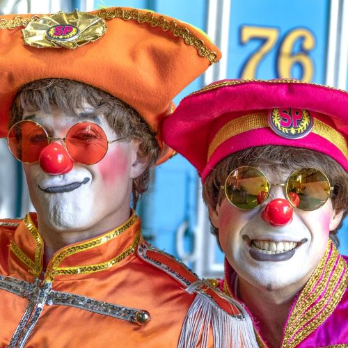 Incredibly funny clowns Steve and Ryan - attitude with panache!