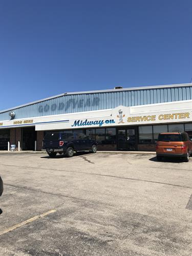 Midway Oil Service Center (Sauk City)