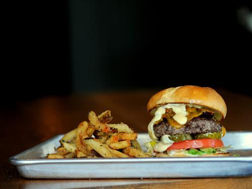 101 BURGER  USDA PRIME BEEF, NUESKE BACON, CHEDDAR, HORSERADISH MAYO, LETTUCE, PICKLES, TOMATO, EGG BUN & SERVED W/ HAND-CUT FRIES