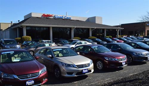 Roush Honda Certified/Used Car Building