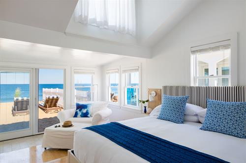 Gallery Image oceanfront_cottage_bedroom.jpg