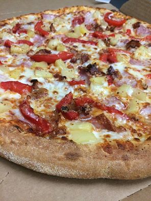 Honolulu Hawaiian Ham Bacon PineApple Roasted Red Peppers 100% Real Mozzarella & Provolone Cheese