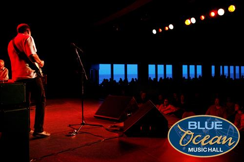 Robert Cray on Stage at Blue Ocean Music Hall