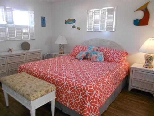 King size bed in master bedoroom