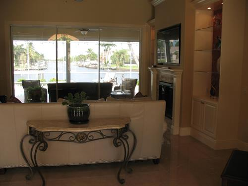 Water view directly from your double door entry way!