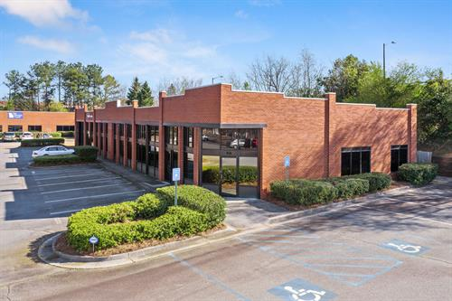 Henderson Station- 3 building retail strip center/office park in Cartersville, GA