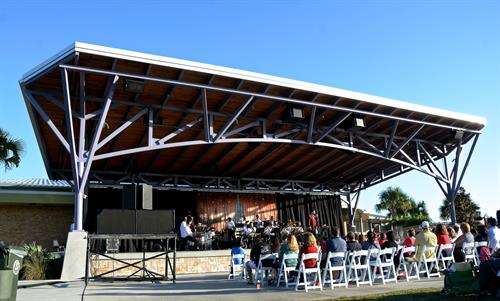 Center Lake Park Amphitheatre