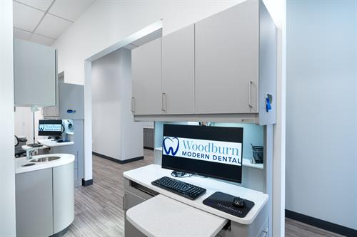 Woodburn Modern Dental Tech