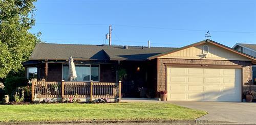 1700 Rainier Rd Woodburn OR 97071