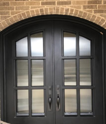 Reeded glass front door