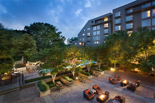 Gallery Image hotel_exterior.PNG