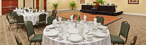 5400 sq ft Banquet Space with full catering pkgs