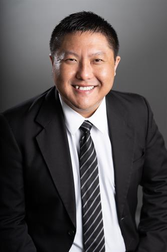 Vincent Cha, Agent