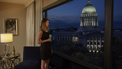 Stunning Capitol view suites are available to make your stay unforgettable.