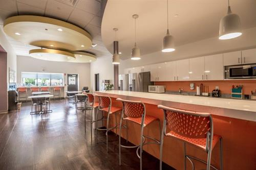 Social break rooms for any project.
