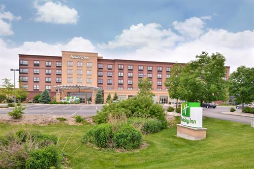 Holiday Inn Madison At The American Center Hotels Lodging