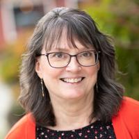 Mary Osborne, Senior Tax advisor