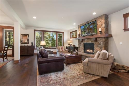 Staging & Photography - Great room @ Suncadia (Owner's Decor)
