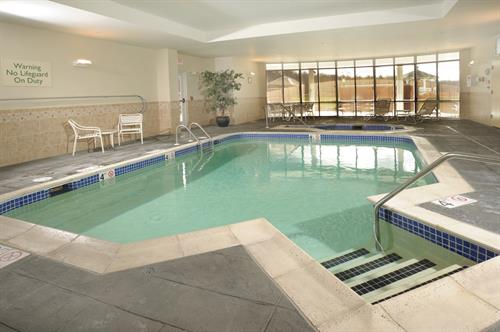 Courtyard by Marriott pool