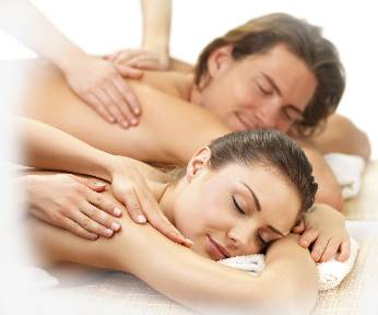Gallery Image Couples_massage_web_ver.jpg