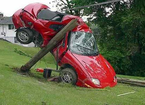Gallery Image vvvcar_accident_today.jpg