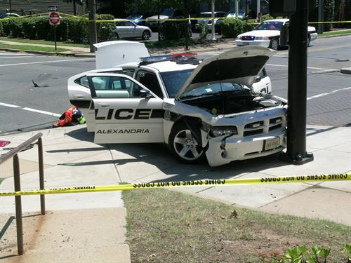 Gallery Image vvvz9Police-Car-Crash.jpg