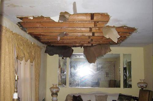 Gallery Image wwwwater-damage-04-leak-defense-system.jpg