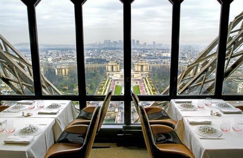 Le Jules Verne Paris