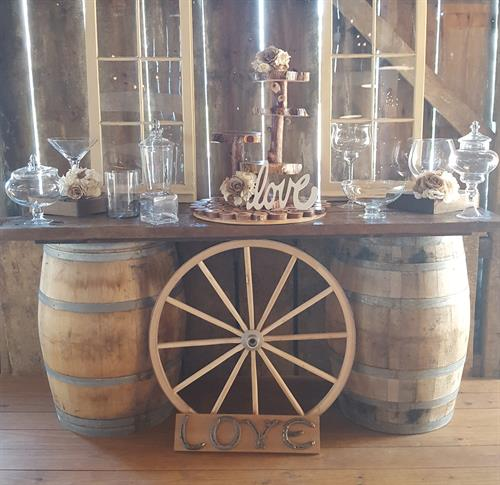 Wine Barrel Table, Candy Bar Glass, Wagon Wheels, Windows; Rentals