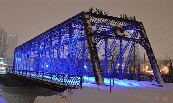 Wells Street Bridge Lighting