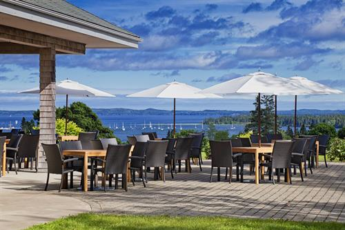 Algonquin Golf Course Clubhouse Patio