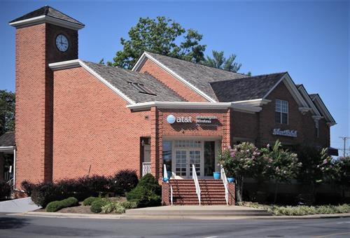 Clock Tower Center - 1400 Chain Bridge Rd - McLean, Va - construction and delivery of retail and office use