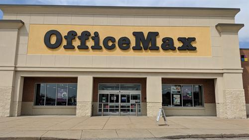 Located in New Berlin, WI - Near Hwy 43 - Moreland Exit