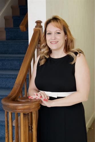 Attorney Samantha Thomas