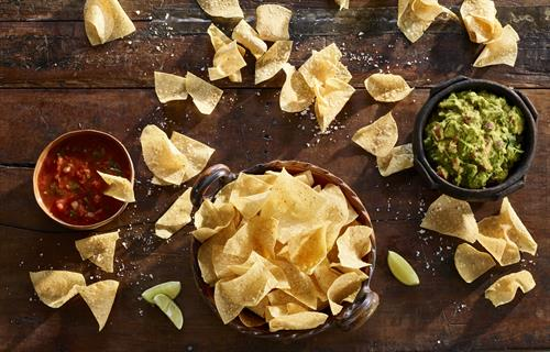 Chips with Salsa & Guacamole