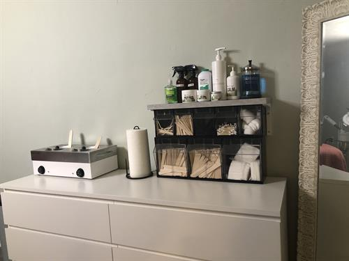Waxing Station
