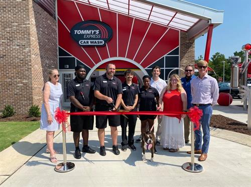 We want to thank everyone including the Greater Fayetteville Chamber and Fayetteville Animal Protection Society for celebrating our ribbon cutting ceremony with us today. We are excited to officially be part of the Fayetteville area and serve this community.