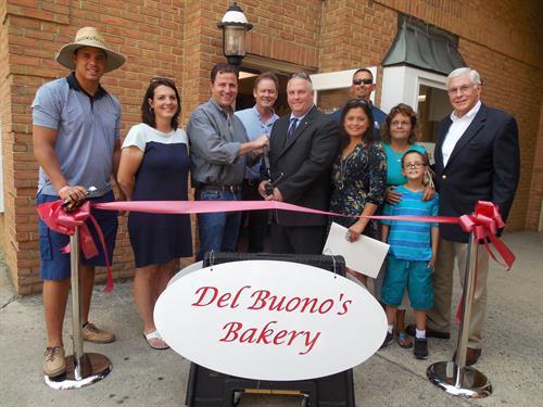 Del Buono's Bakery opening