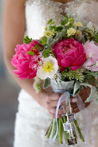 Wedding Bouquet by Aurea Floral Design. Photo by Blushing Crow Studio.