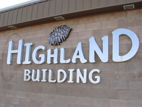 Gallery Image *Highland_Building_sign_(angle).JPG