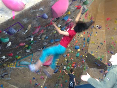 Bouldering competition - dyno for the hold!